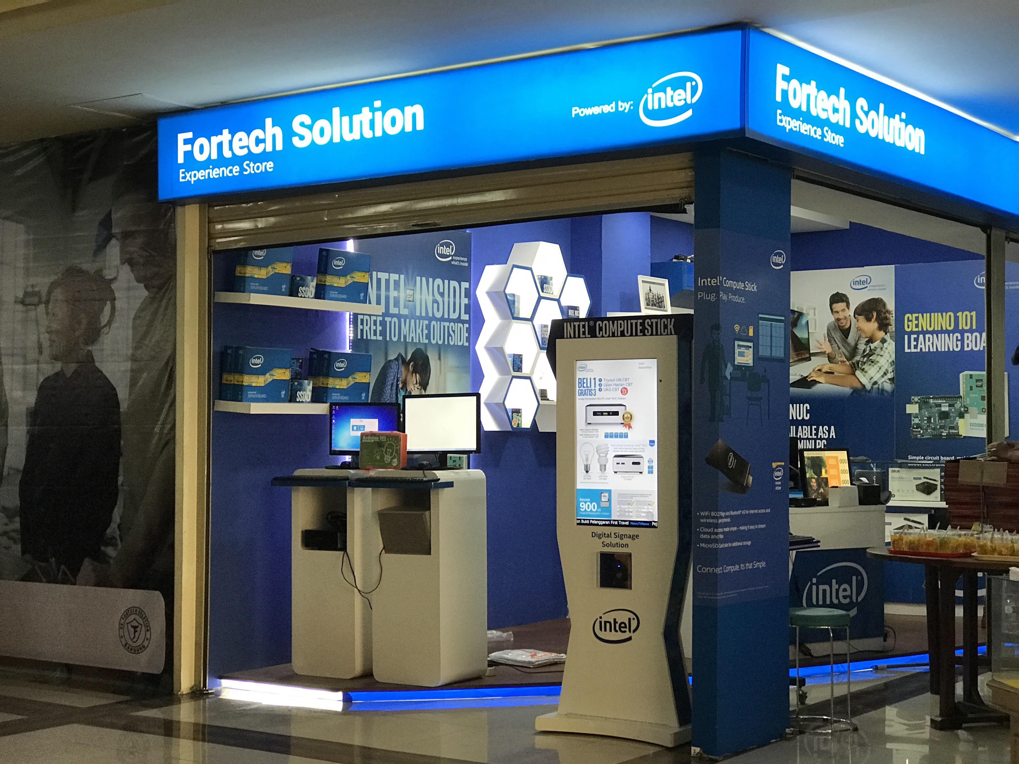 Ada Intel Experience Store di Bandung Trade Mall